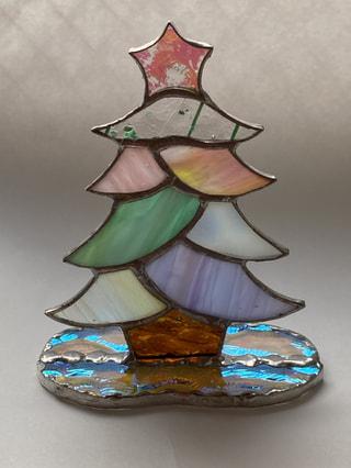 【特別体験レッスン2回】ステンドグラスでクリスマスツリーをつくろう!