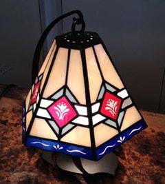 増澤洋子さんのステンドグラスのランプシェード