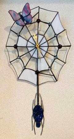 上原 歩さん作 蜘蛛の巣の振り子時計