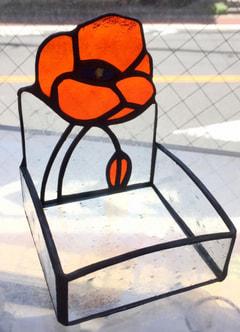 小野由里子さんのステンドグラスで小物入れ