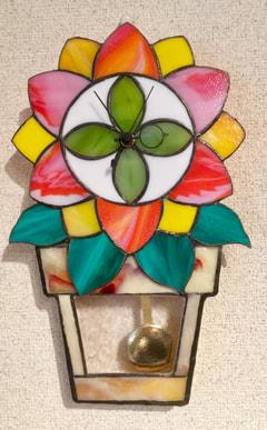 佐野真奈美さんのステンドグラスで振り子時計