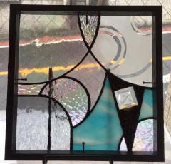 北原由佳さんの自宅ドアに嵌めるステンドグラスパネル